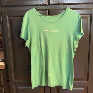 Women's Banana Republic pale green T-shirt size XL